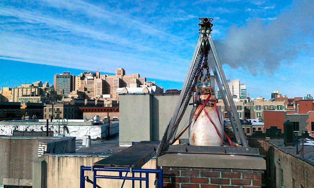 Ремонт трубы дымохода полимерной трубой ФуранФлекс – значит и избежать опасных последствий